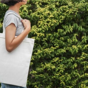 woman shopping for sustainable products