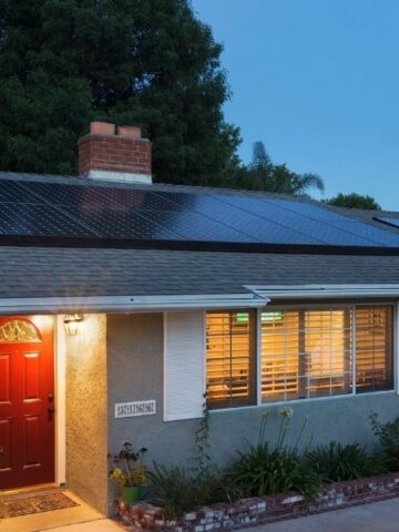 SunPower solar panels on home in Simi Valley